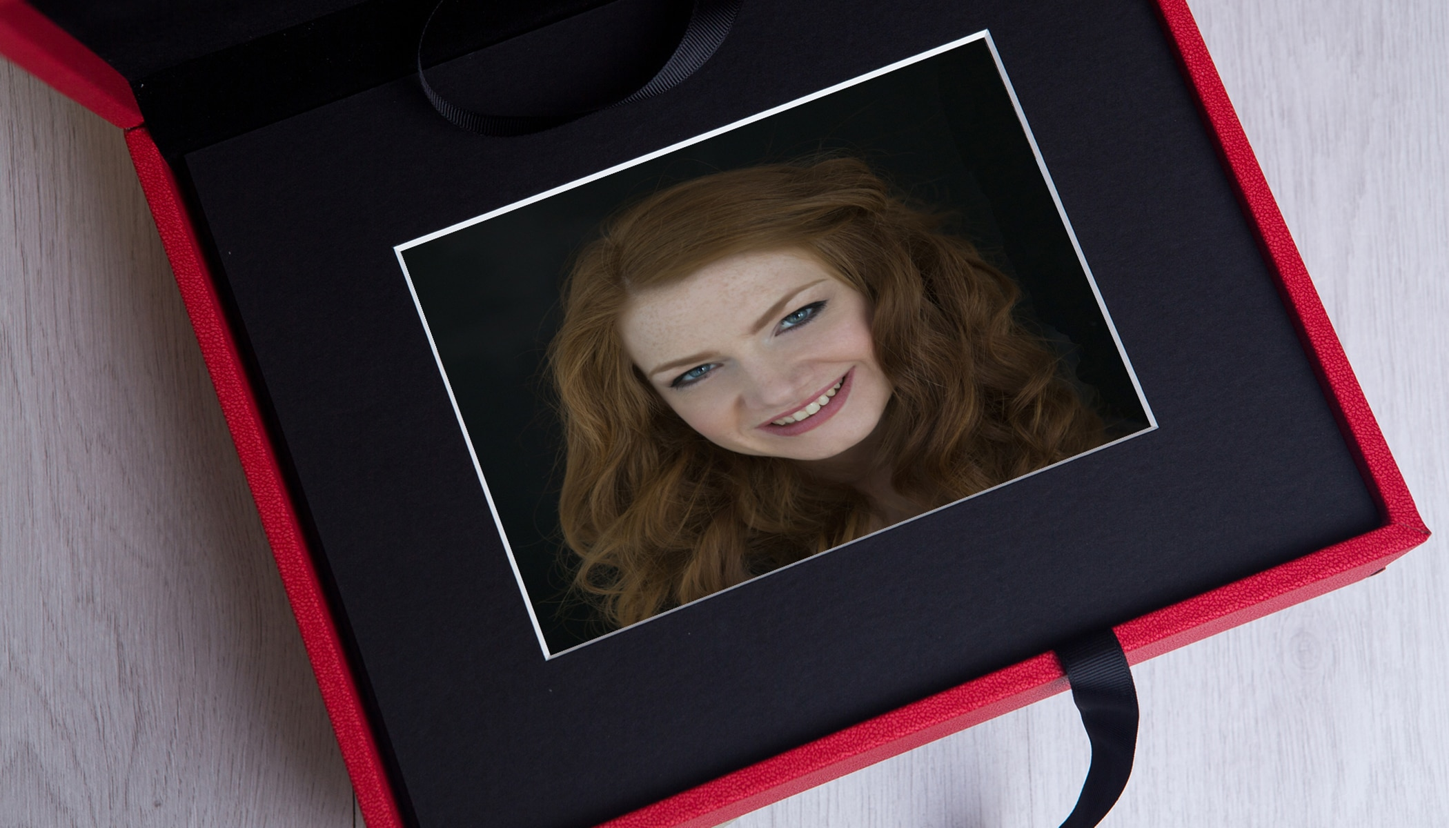 products -red-folio-box-Paul Squirrell Photography
